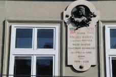 Manuel-Haus
